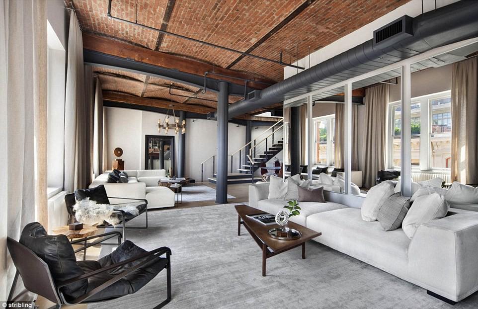 Tự an ủi nỗi đau thất tình kiểu Zayn: Mua hẳn penthouse siêu sang giá 240 tỷ đồng - Ảnh 1.