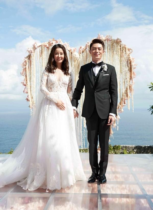Lâm Tâm Như lần đầu tiên đáp trả dư luận vì bị chê xấu xí sau hai năm kết hôn