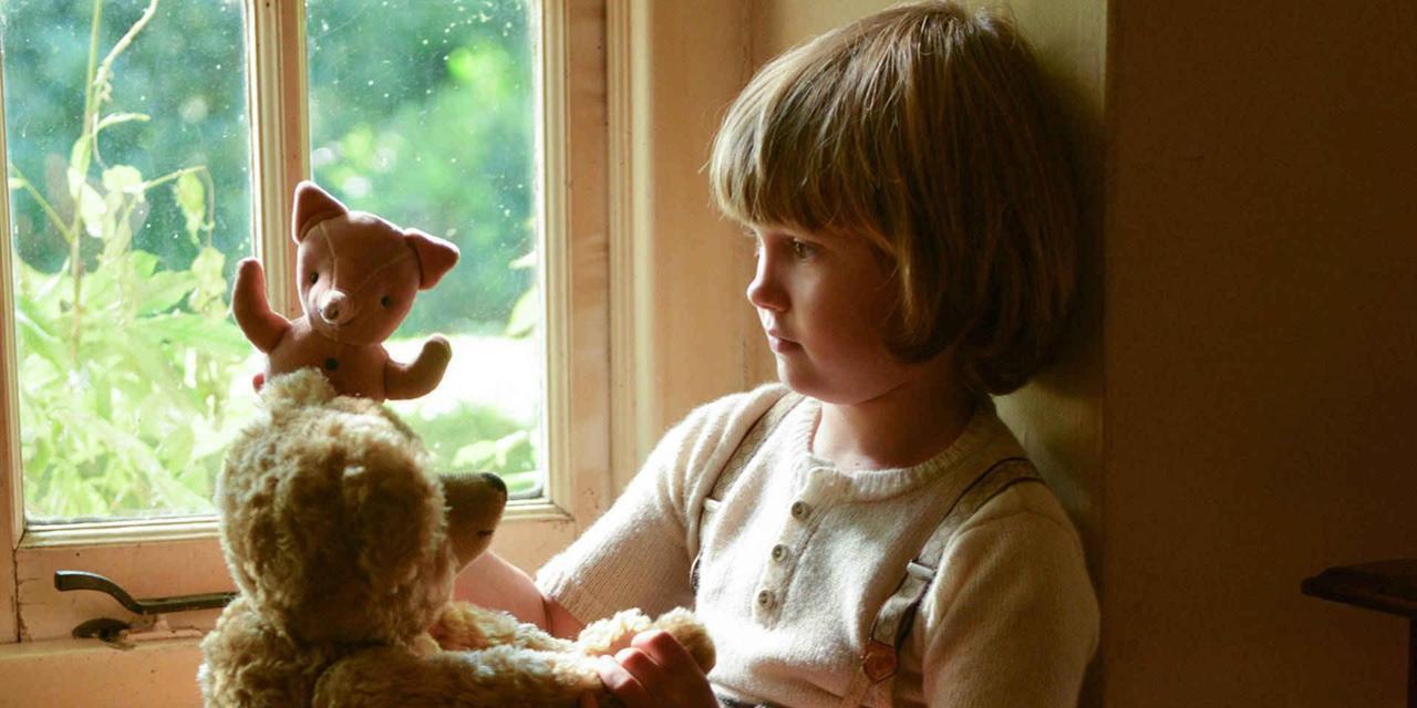 """Goodbye Christopher Robin: Hành trình trở về cùng gia đình và tuổi thơ mang tên """"Gấu Pooh"""" - Ảnh 3."""