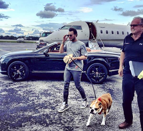 Những rich kid tiêu chuẩn nhà giàu vượt sướng: Ăn chơi sang chảnh nhưng vẫn không quên tự gây dựng sự nghiệp hàng triệu đô - Ảnh 2.