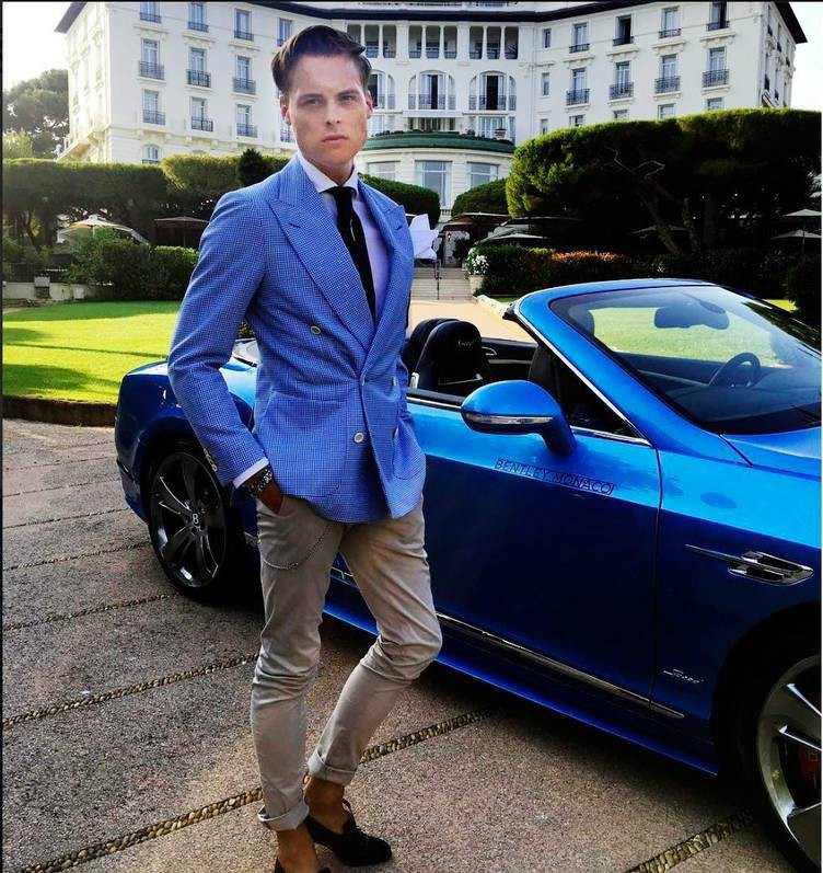 Những rich kid tiêu chuẩn nhà giàu vượt sướng: Ăn chơi sang chảnh nhưng vẫn không quên tự gây dựng sự nghiệp hàng triệu đô - Ảnh 14.