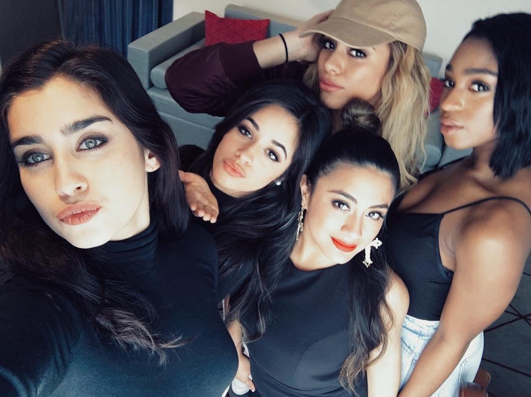 Những ca khúc dấu mốc trong chặng đường 6 năm đầy màu sắc của Fifth Harmony - Ảnh 13.
