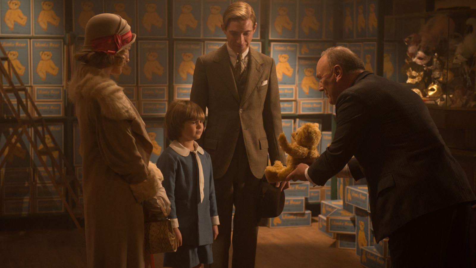 """Goodbye Christopher Robin: Hành trình trở về cùng gia đình và tuổi thơ mang tên """"Gấu Pooh"""" - Ảnh 6."""
