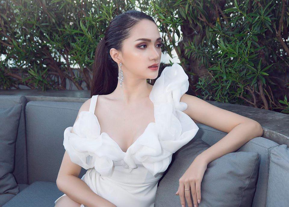 Vừa trở lại Thái Lan, Hoa hậu Hương Giang đã đốn tim fan với nhan sắc quyến rũ - Ảnh 6.