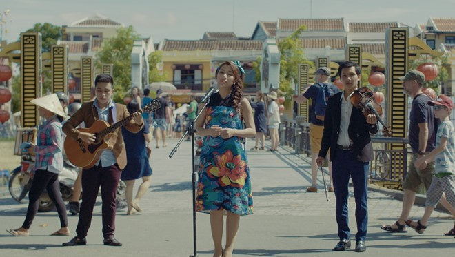 Những ca sĩ Vpop tuyên bố quyết tâm ra MV định kỳ như gà đẻ trứng - Ảnh 19.