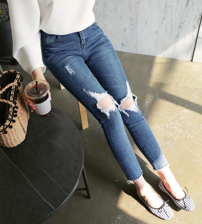 Các nàng đã biết cách kết hợp đúng quần và váy với 5 kiểu giày dép hot nhất hè này chưa? - Ảnh 8.
