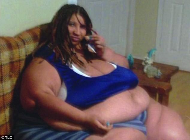 Nỗi đau của cô gái 290kg kiếm sống bằng cách ngồi ăn trước internet: từng bị cha dượng xâm hại, chồng cũ bạo hành - Ảnh 5.