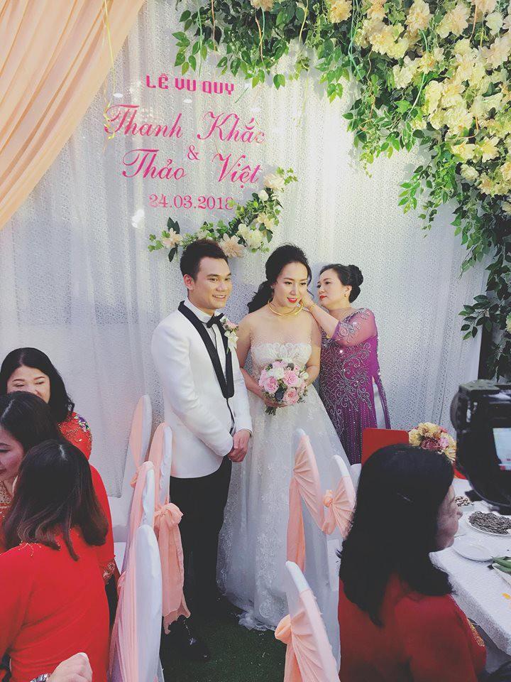 Khắc Việt rạng rỡ bên bà xã xinh đẹp tại đám cưới ở quê nhà Yên Bái - Ảnh 3.
