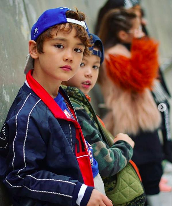 Đến hẹn lại lên, loạt nhóc tì khuấy đảo Tuần lễ Thời Trang Seoul 2018 với loạt street style cực chất cùng thần thái pose ảnh còn hơn cả người lớn - Ảnh 7.