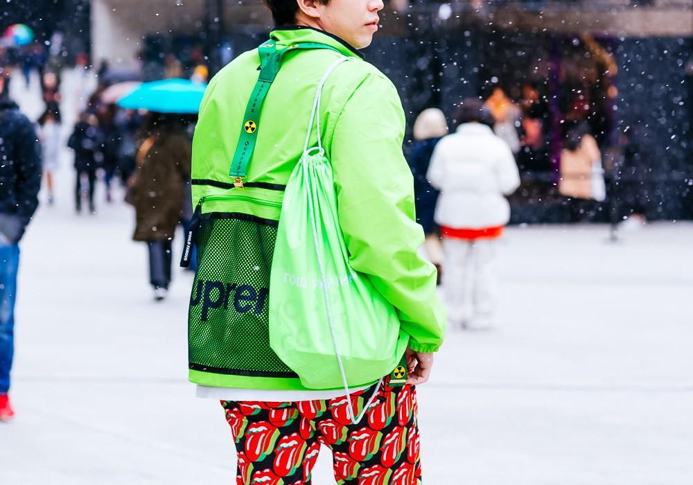 Giới trẻ Hàn Quốc luôn mặc đẹp nhưng chỉ tại Seoul Fashion Week, người ta mới có thể bắt gặp nhiều anh tài street style hội tụ đến thế - Ảnh 6.