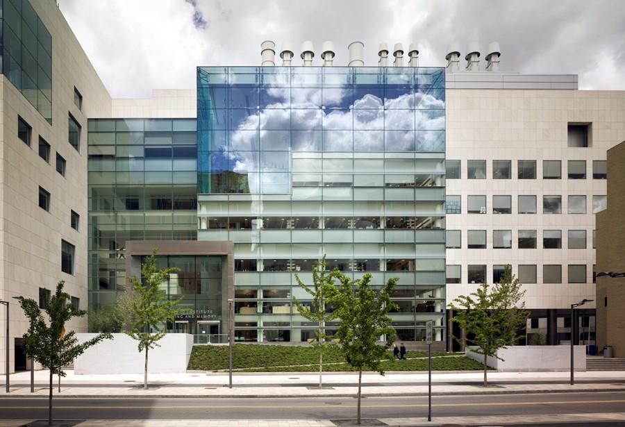 Ngắm kiến trúc độc đáo của MIT - trường ĐH được xếp hạng tốt nhất thế giới 7 năm liên tiếp - Ảnh 10.