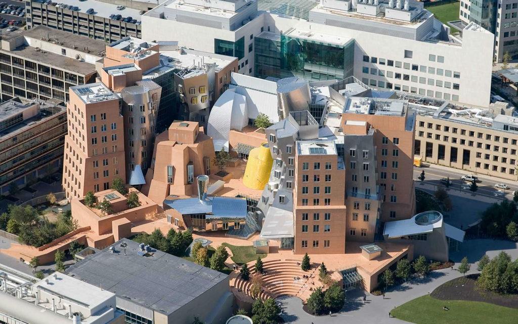 Ngắm kiến trúc độc đáo của MIT - trường ĐH được xếp hạng tốt nhất thế giới 7 năm liên tiếp - Ảnh 3.