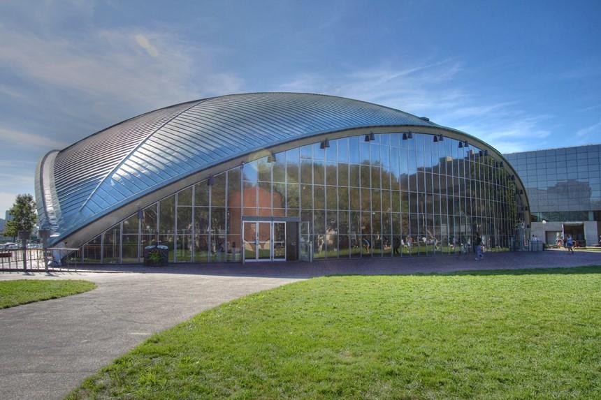 Ngắm kiến trúc độc đáo của MIT - trường ĐH được xếp hạng tốt nhất thế giới 7 năm liên tiếp - Ảnh 5.
