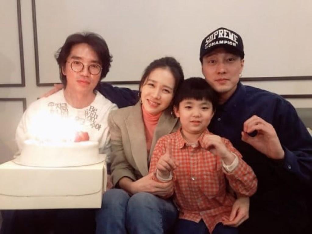 Phim của Son Ye Jin lập kỉ lục, tiếp tục hạng 1 phòng vé - Ảnh 3.