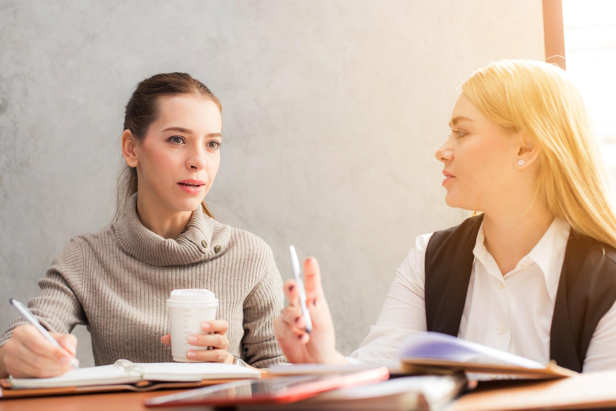 Bạn còn nhớ thời đi học, đứa bạn cùng bàn suốt ngày hỏi đi hỏi lại những câu gì không? - Ảnh 5.