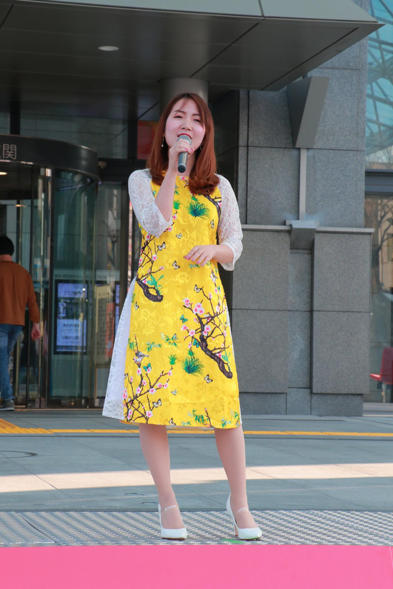 Vũ Cát Tường đến Nhật, quậy tưng bừng cùng du học sinh tại Lễ hội văn hóa Việt Nam 2018 - Ảnh 13.