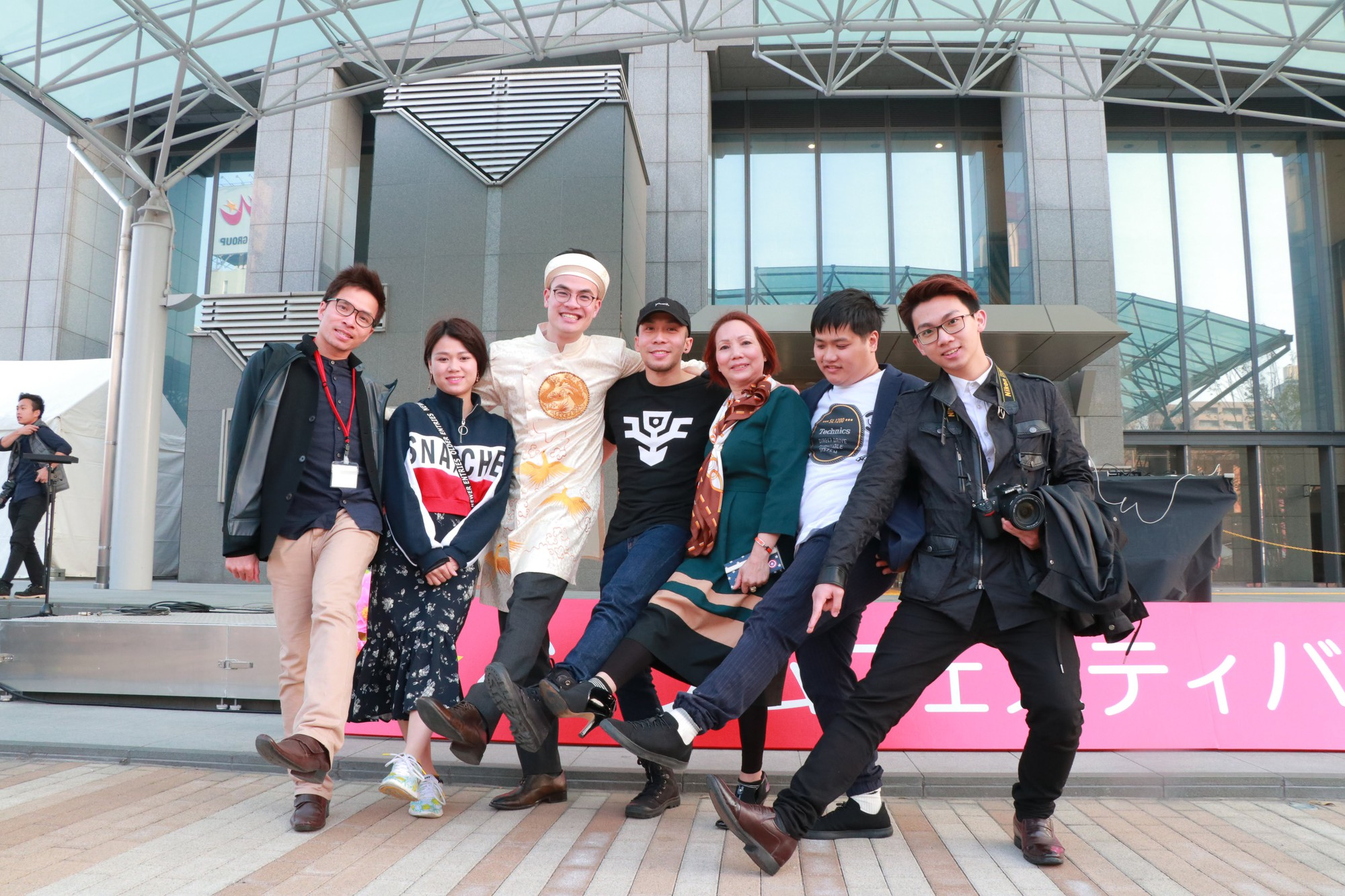 Vũ Cát Tường đến Nhật, quậy tưng bừng cùng du học sinh tại Lễ hội văn hóa Việt Nam 2018 - Ảnh 15.