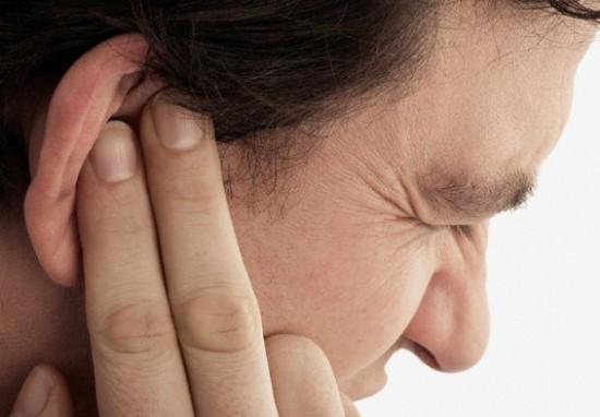 Những biện pháp đơn giản giúp loại bỏ mụn nhọt ở trong tai siêu hiệu quả - Ảnh 1.