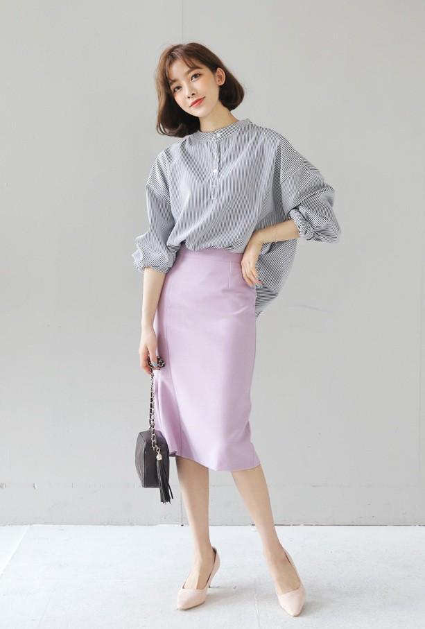 Cần gì đầu tư cầu kỳ, chân váy dài chính là bảo bối hợp cả thời trang lẫn thời tiết dành cho nàng công sở - Ảnh 2.