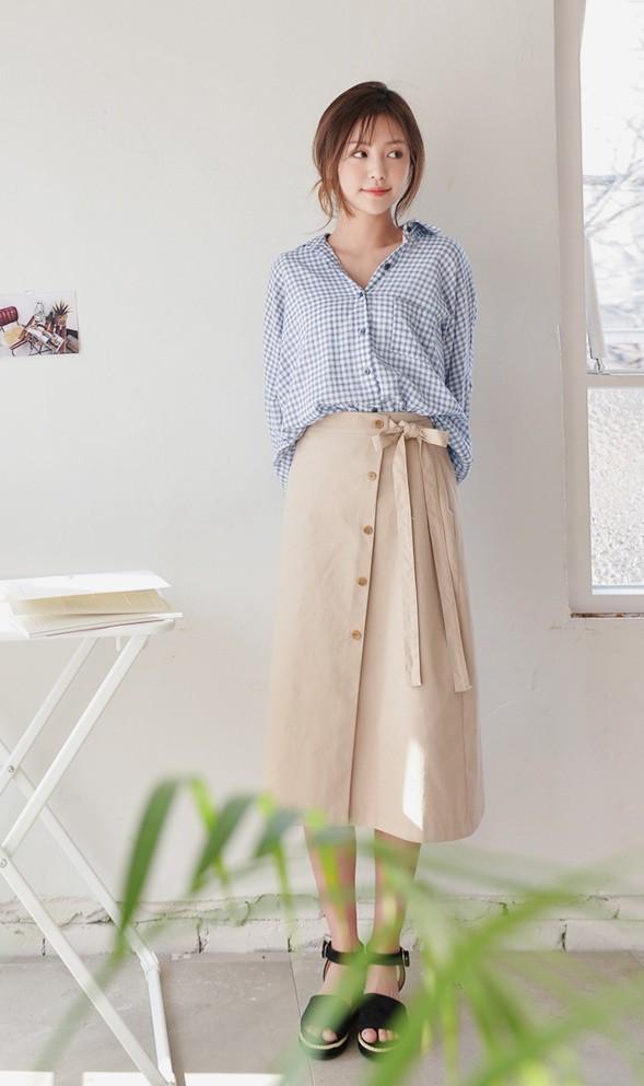 Cần gì đầu tư cầu kỳ, chân váy dài chính là bảo bối hợp cả thời trang lẫn thời tiết dành cho nàng công sở - Ảnh 6.