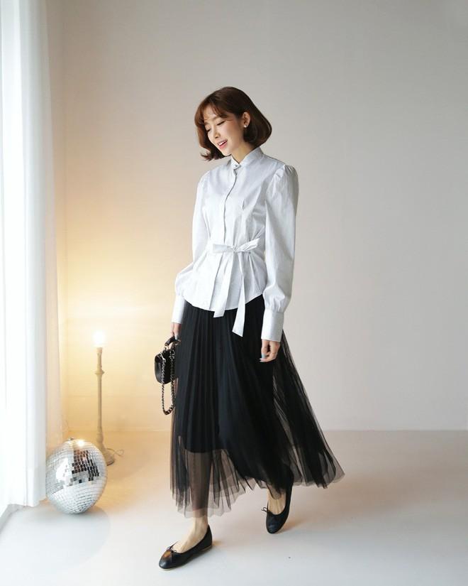 Cần gì đầu tư cầu kỳ, chân váy dài chính là bảo bối hợp cả thời trang lẫn thời tiết dành cho nàng công sở - Ảnh 8.