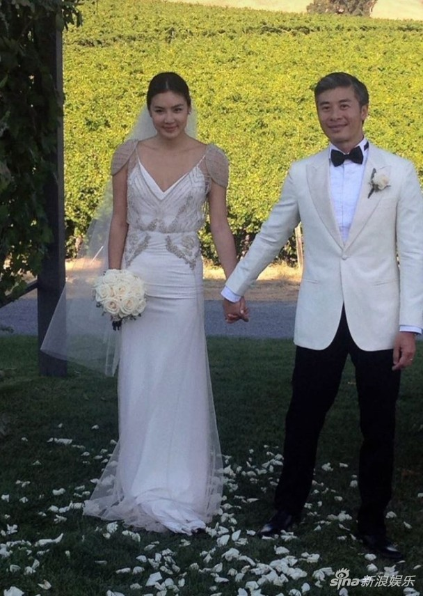Siêu mẫu gốc Việt tăng cân chóng mặt sau khi lấy chồng đại gia người Mỹ - Ảnh 5.