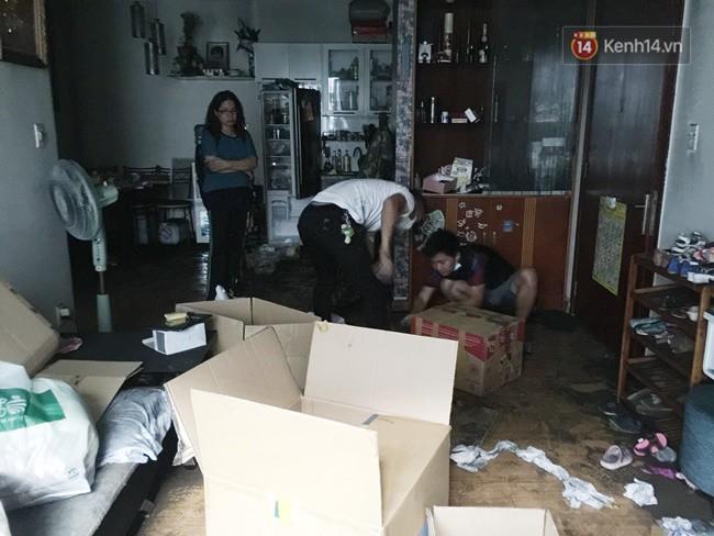 Khung cảnh ám ảnh trong chung cư Carina 3 ngày sau vụ cháy khiến 13 người thiệt mạng - Ảnh 7.