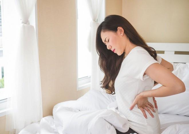Ngày càng nhiều người bị đau lưng, hãy làm theo những cách này để loại bỏ đau lưng - Ảnh 5.