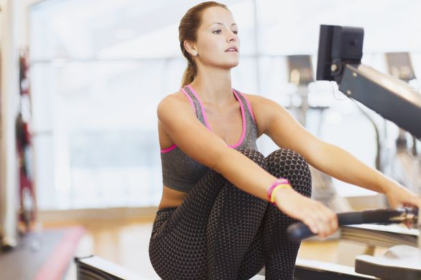 Ngày càng nhiều người bị đau lưng, hãy làm theo những cách này để loại bỏ đau lưng - Ảnh 6.