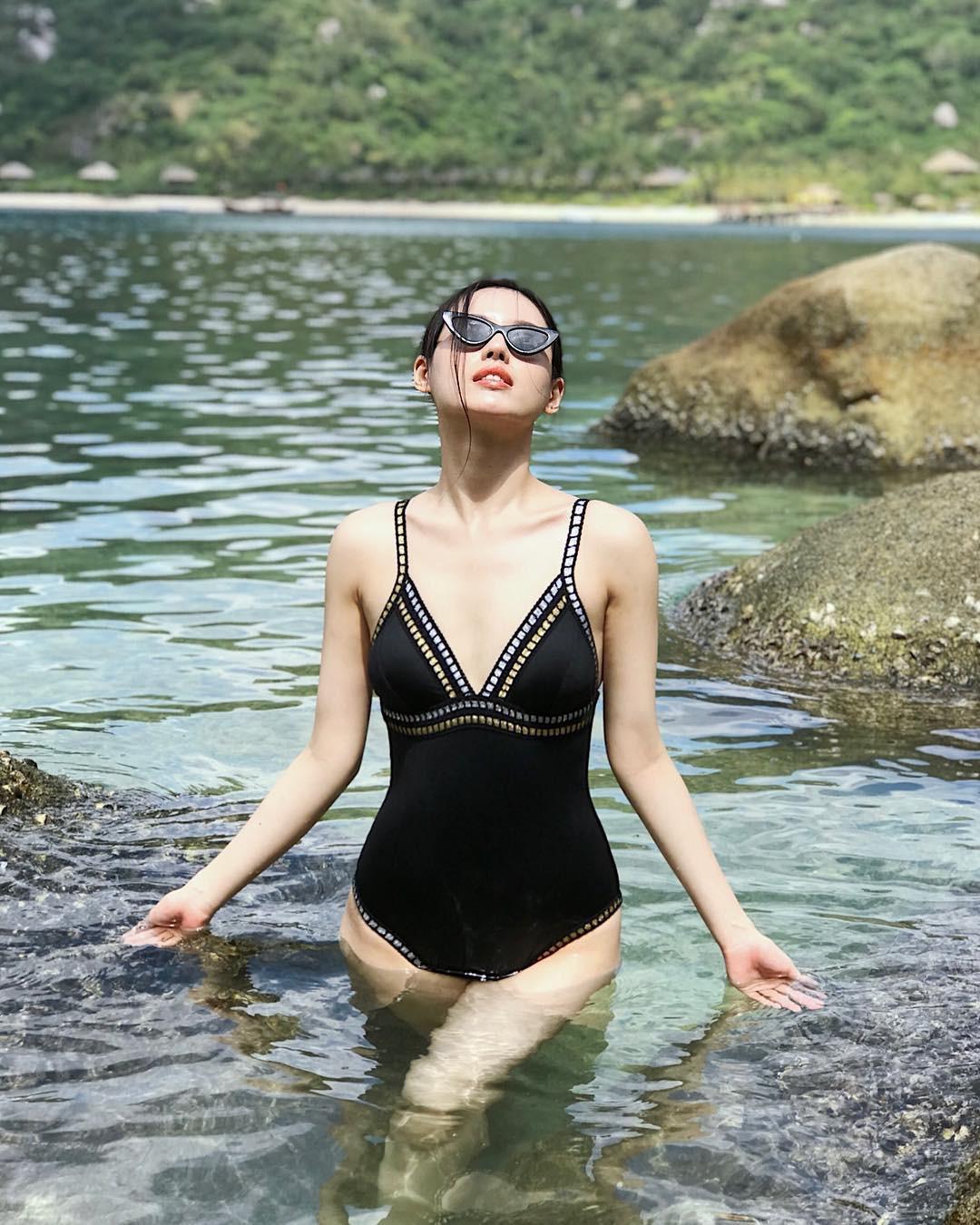 Chưa đến hè mà hot girl Việt đã sexy hết cỡ với bikini rồi! - Ảnh 6.