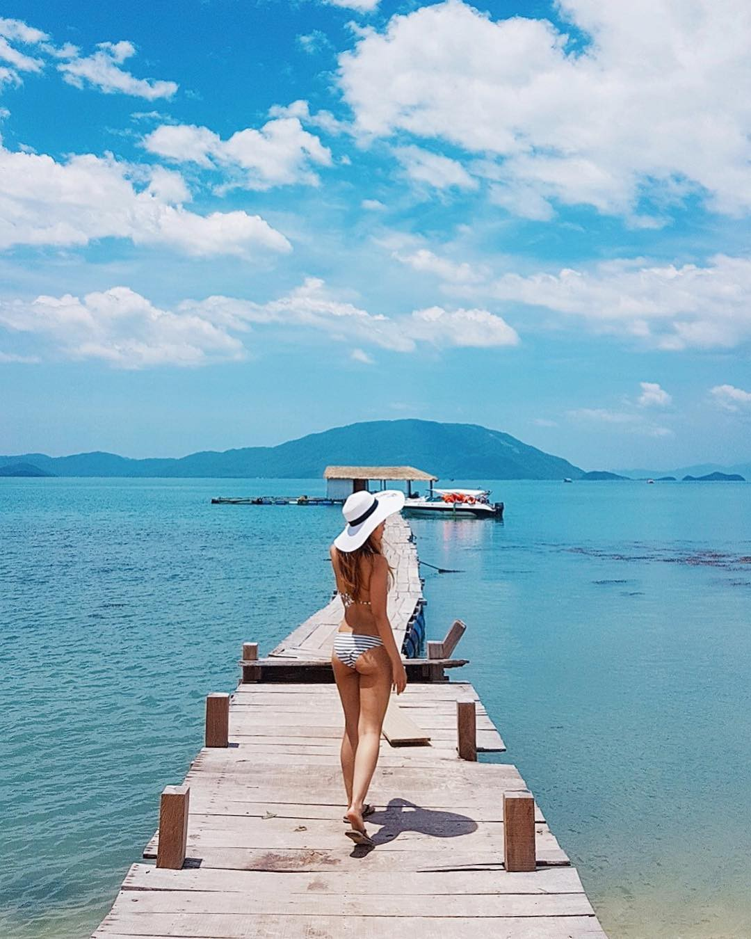 Chưa đến hè mà hot girl Việt đã sexy hết cỡ với bikini rồi! - Ảnh 11.