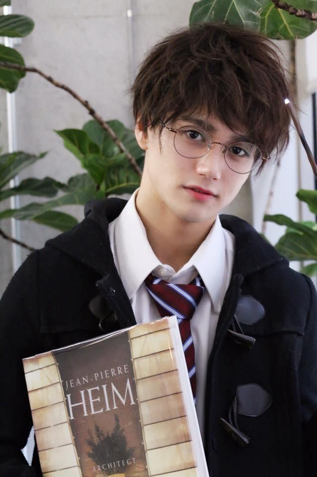 Chẳng ai nghĩ Harry Potter có thể là người châu Á cho đến khi có chàng trai này - Ảnh 2.