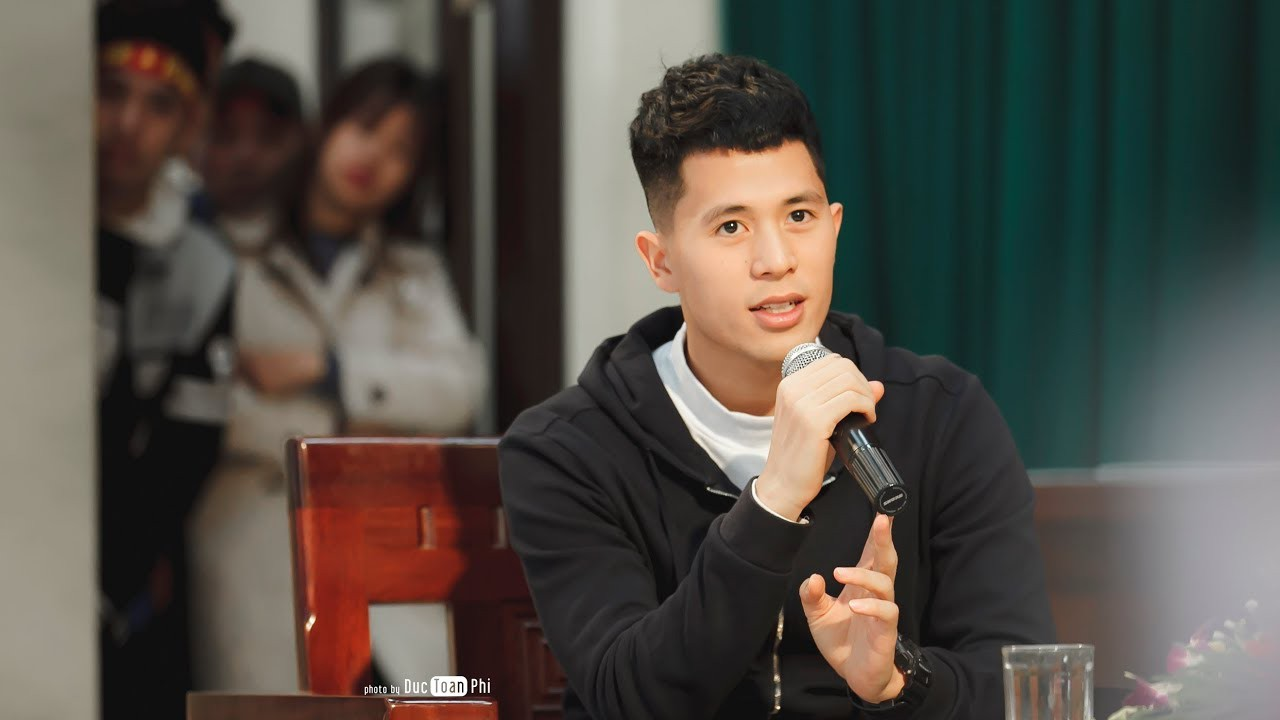 Trần Đình Trọng: Chàng chiến binh của tuyển Việt Nam với gương mặt đẹp trai và nụ cười dễ mến - Ảnh 3.