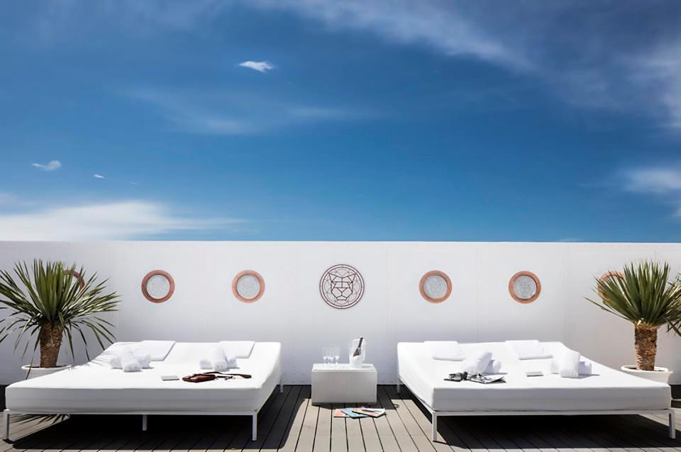 Messi mua lại khách sạn đắt giá ở đảo thiên đường - Ảnh 5.