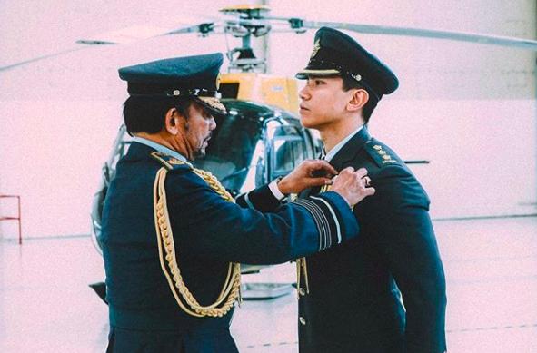 Thêm những hình ảnh mới về cuộc sống hoàn hảo của cực phẩm hoàng tử Brunei - Ảnh 3.