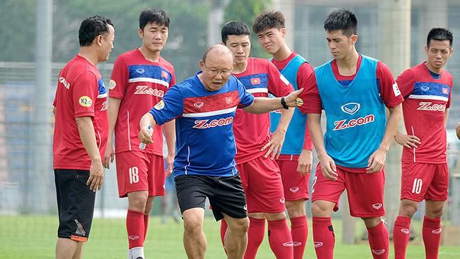 """Việt Nam hưởng lợi khi không nằm chung bảng với Thái Lan ở AFF Cup 2018"""" - Ảnh 3."""