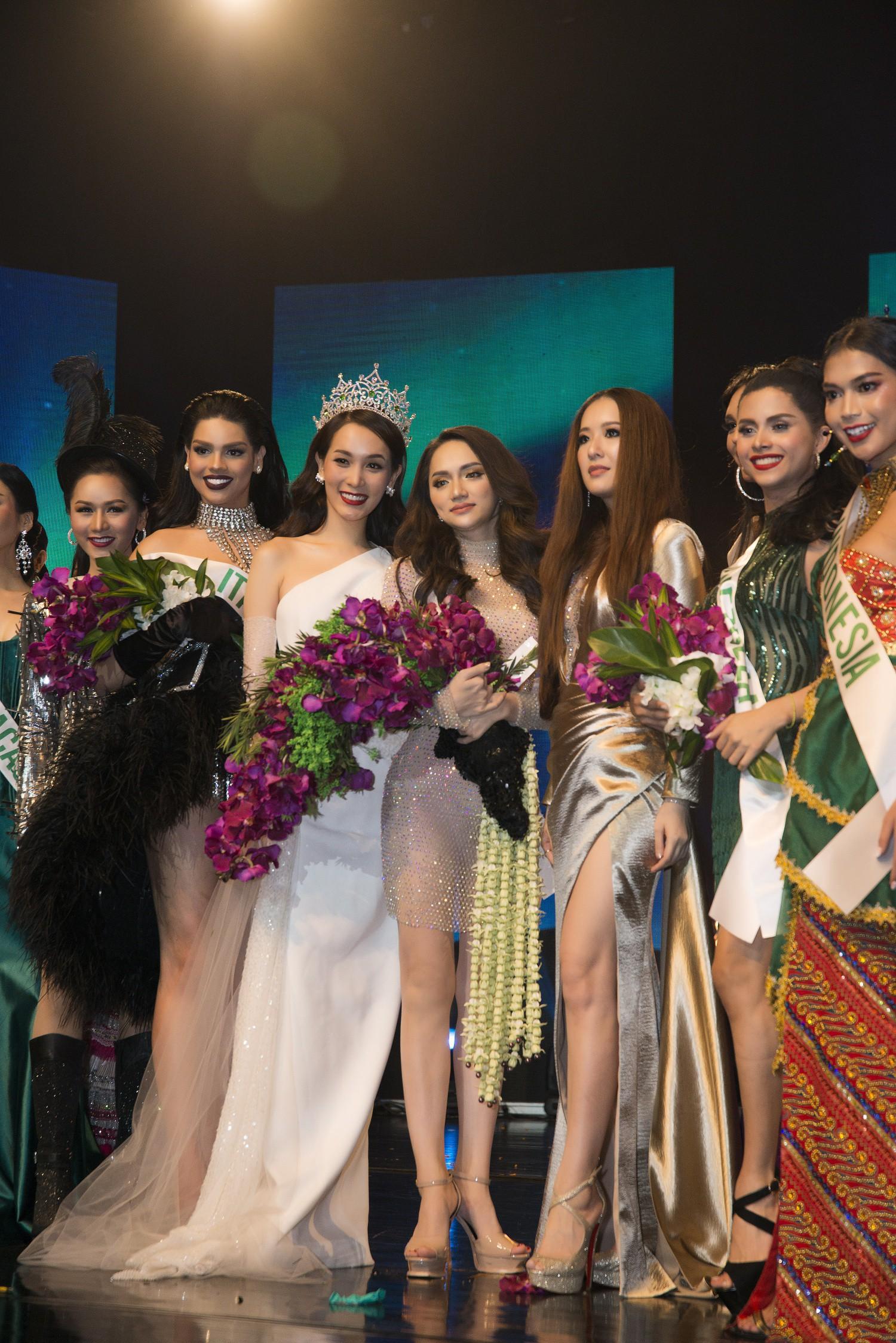 Hương Giang xuất sắc chiến thắng giải Tài năng tại Hoa hậu Chuyển giới Quốc tế 2018 - Ảnh 2.