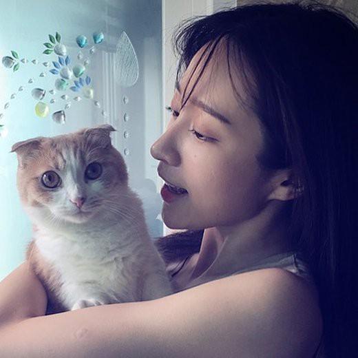 Mỹ nhân Kpop lộ mặt mộc: Kẻ già như bà thím, người được khen đẹp đến mức được xếp vào top 5% nhan sắc - Ảnh 29.