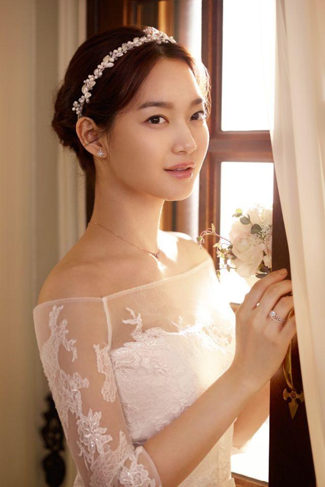 Shin Min Ah lột xác hoàn toàn sau khi Kim Woo Bin đổ bệnh: Từ ngây thơ thành mặn mà, sắc sảo - Ảnh 6.