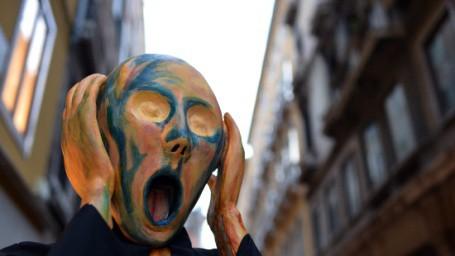 """Đằng sau chiếc mặt nạ ở Venice: """"báu vật"""" của tự do hay thỏa mãn cho những ý đồ đen tối? - Ảnh 6."""