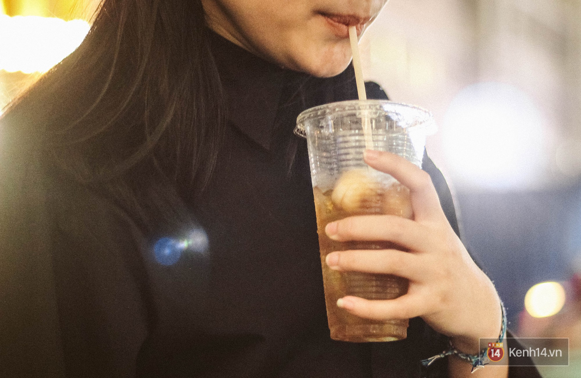 Quán trà sữa huyền thoại không bàn ghế, không biển hiệu nhưng ai cũng biết ở Sài Gòn - Ảnh 9.