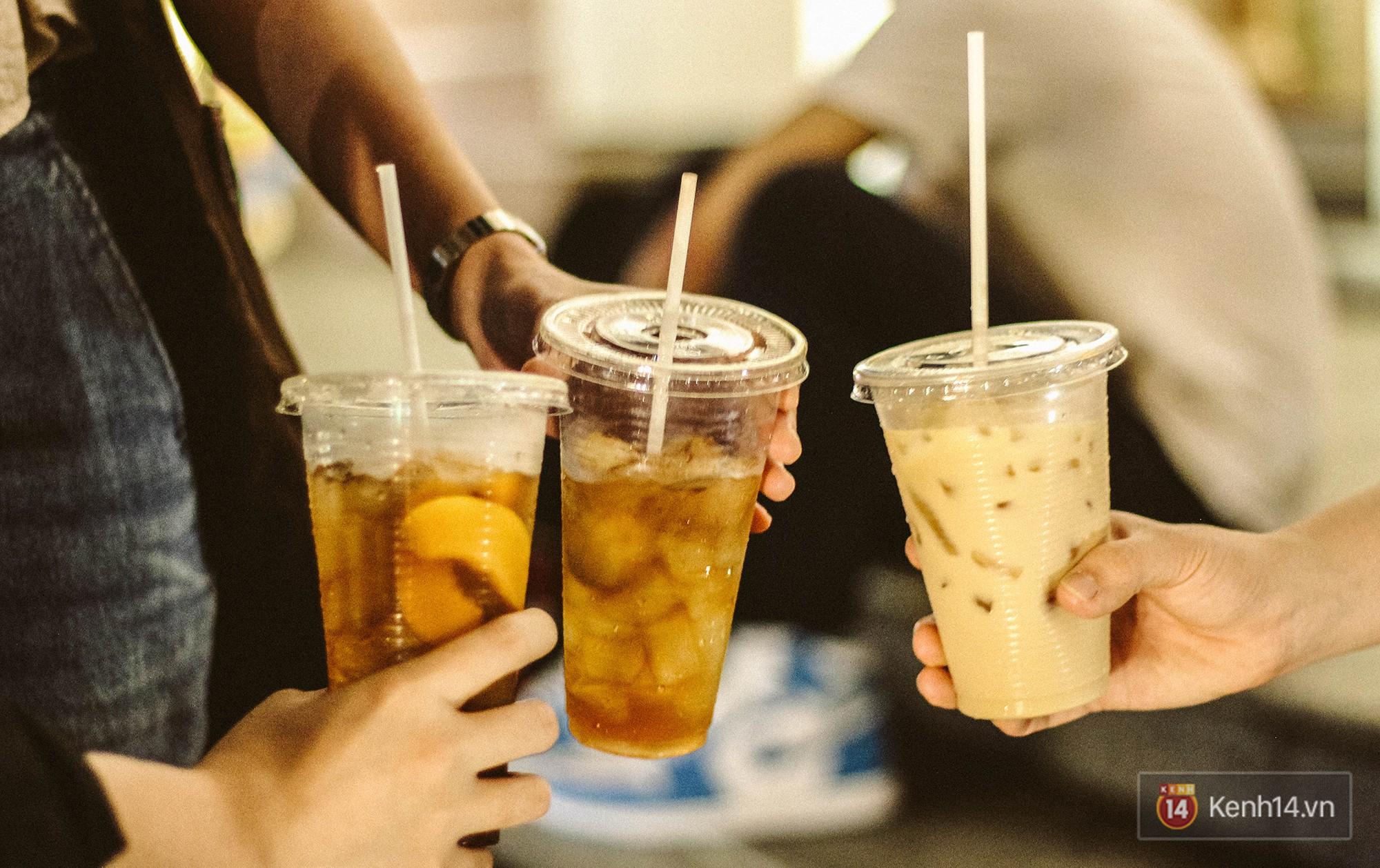 Quán trà sữa huyền thoại không bàn ghế, không biển hiệu nhưng ai cũng biết ở Sài Gòn - Ảnh 12.