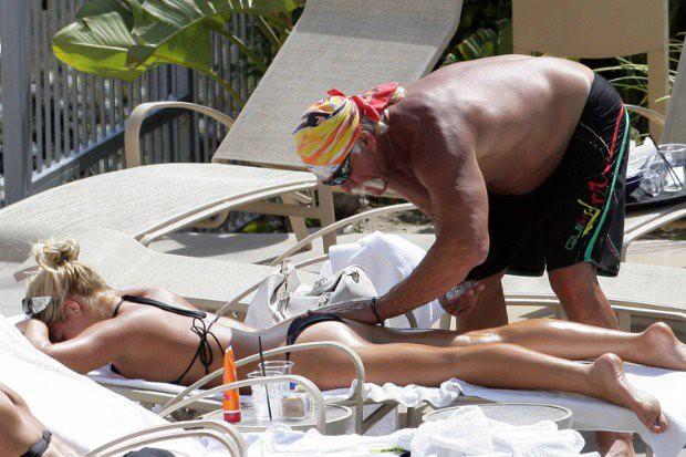 Loạt scandal khiến cả Hollywood nổi da gà: Bố cưới con gái, em hôn môi anh ruột đắm đuối - Ảnh 7.