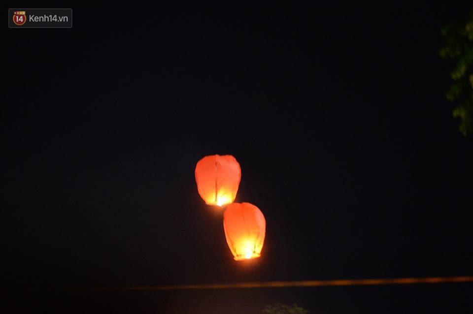 Tam Đảo ùn tắc nghiêm trọng sau lễ hội hoa đăng Tây Thiên: Phật tử, du khách chôn chân ngoài đường - Ảnh 11.