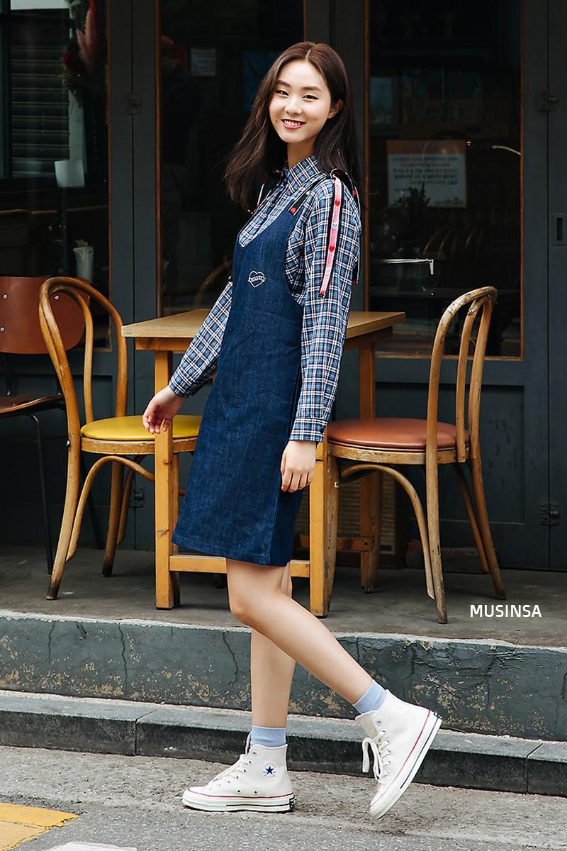 Street style đơn giản, năng động của giới trẻ Hàn không những không nhàm chán mà còn khiến bạn thốt lên Đẹp quá đáng! - Ảnh 7.