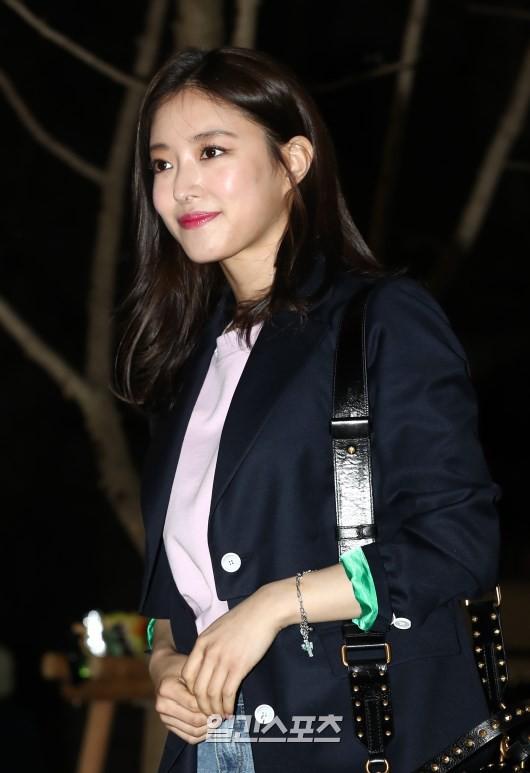 Tiệc mừng công phim Hoa du ký: Mỹ nhân Oh Yeon Seo mặt sưng vù bóng nhẫy, bị nàng cương thi dìm thậm tệ - Ảnh 11.