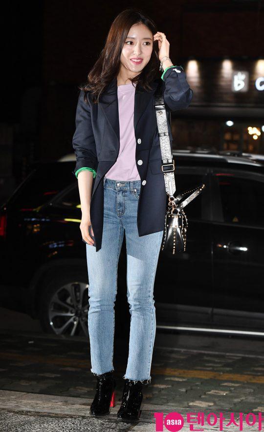 Tiệc mừng công phim Hoa du ký: Mỹ nhân Oh Yeon Seo mặt sưng vù bóng nhẫy, bị nàng cương thi dìm thậm tệ - Ảnh 7.
