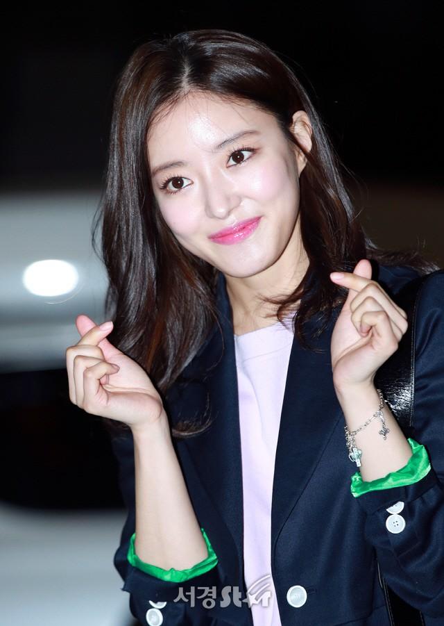Tiệc mừng công phim Hoa du ký: Mỹ nhân Oh Yeon Seo mặt sưng vù bóng nhẫy, bị nàng cương thi dìm thậm tệ - Ảnh 10.