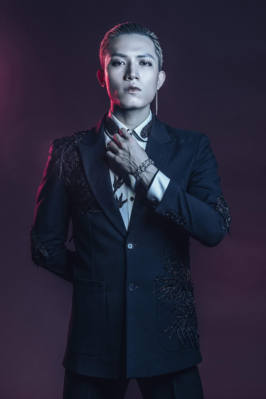 Ông Cao Thắng nhường ca khúc buồn lụi tim cho Anh Tú (The Voice) chào sân Vpop - Ảnh 6.
