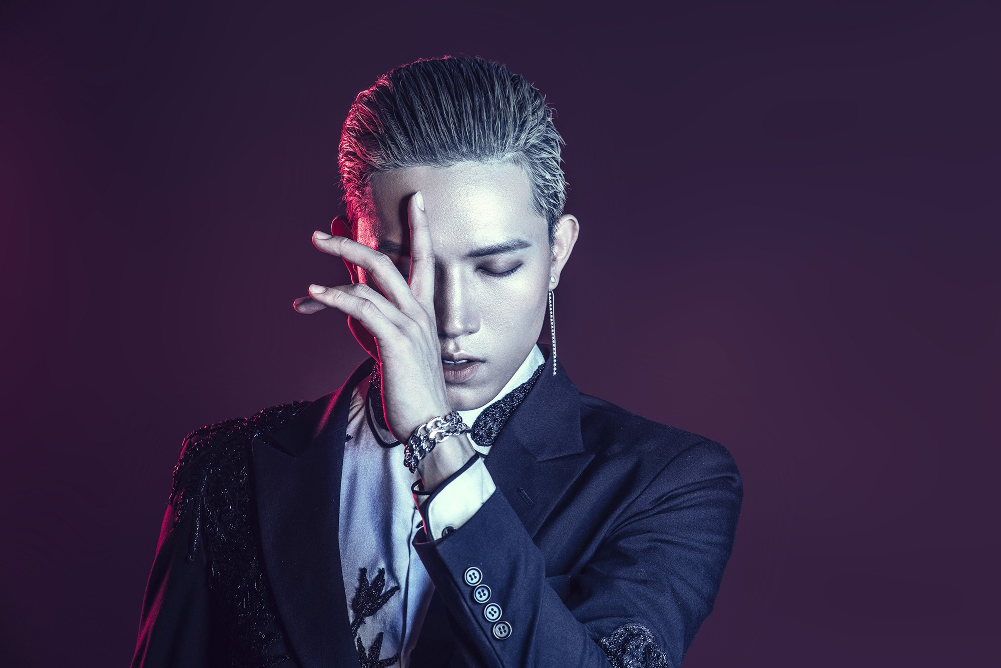 Ông Cao Thắng nhường ca khúc buồn lụi tim cho Anh Tú (The Voice) chào sân Vpop - Ảnh 4.